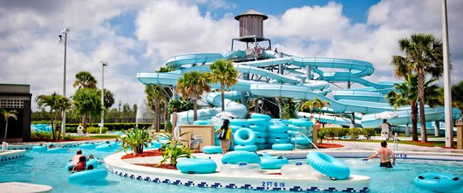 The big slide at the Sun and Fun Lagoon