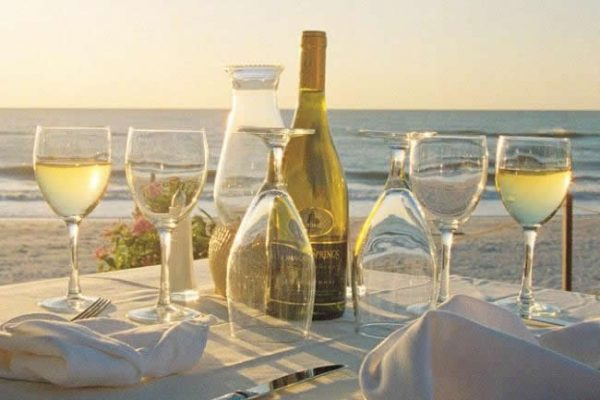 Dining at the beach, on the Gulf
